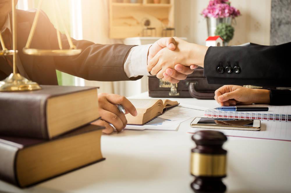 ¿Cómo elegir buen abogado?