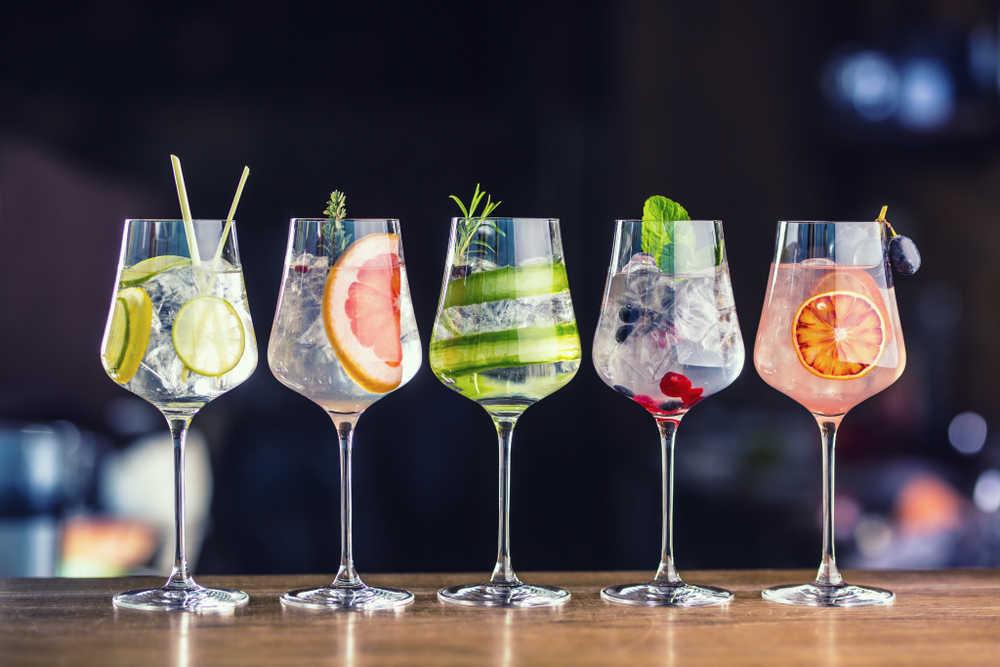 La ginebra cuenta con sus propias copas en España