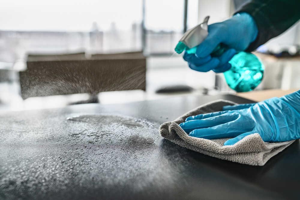 La limpieza e higiene es fundamental para mantener el coronavirus fuera de tu hogar